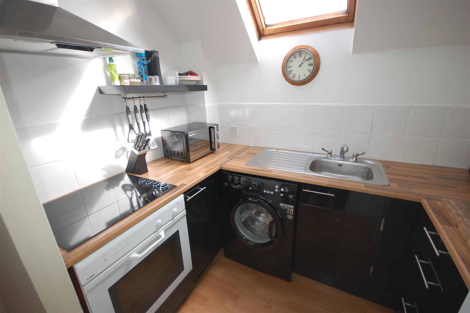 1 bedroom mid terrace house for sale